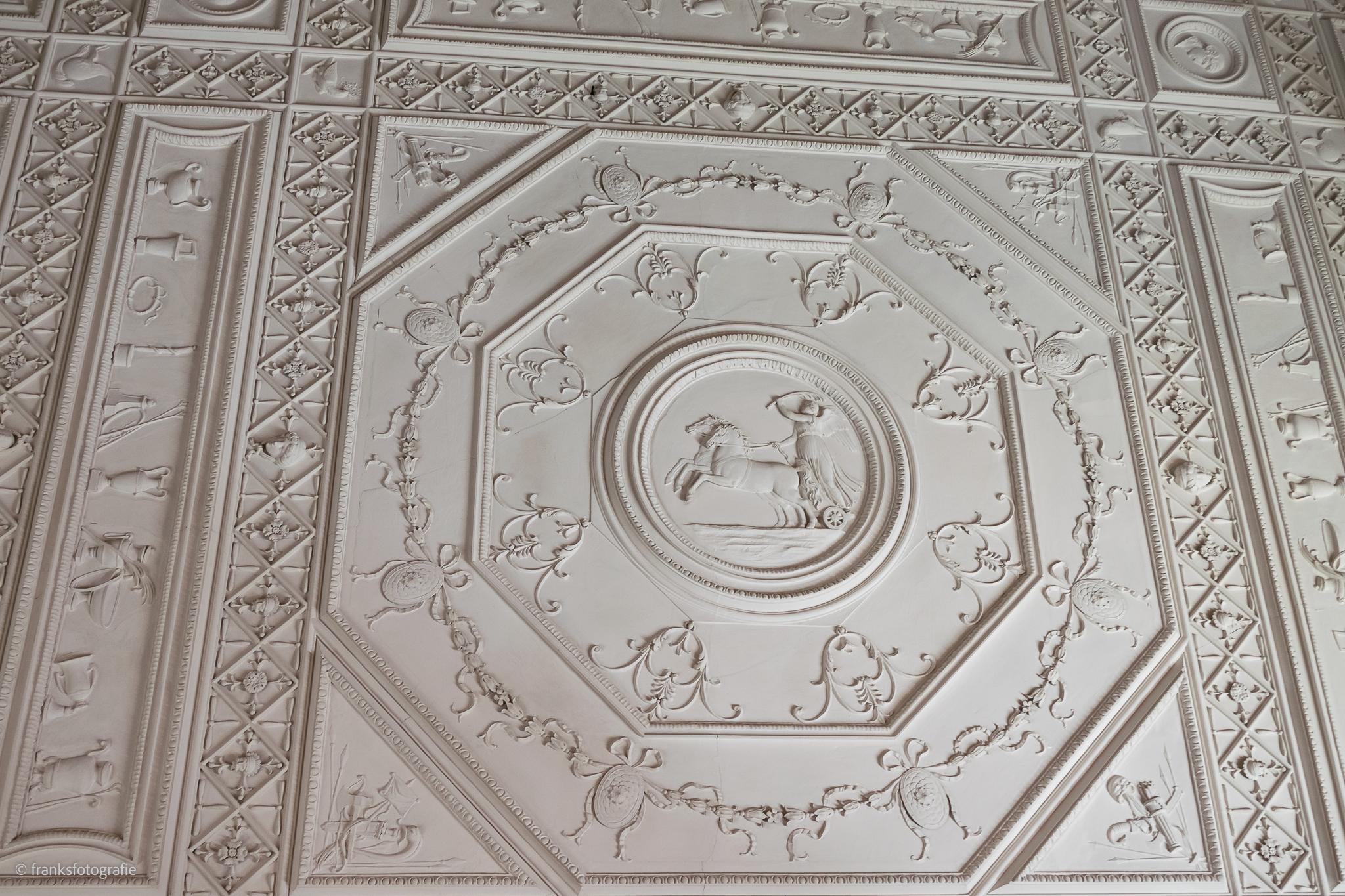 Innenräume von Schloss Wörlitz Decke im Speisesaal