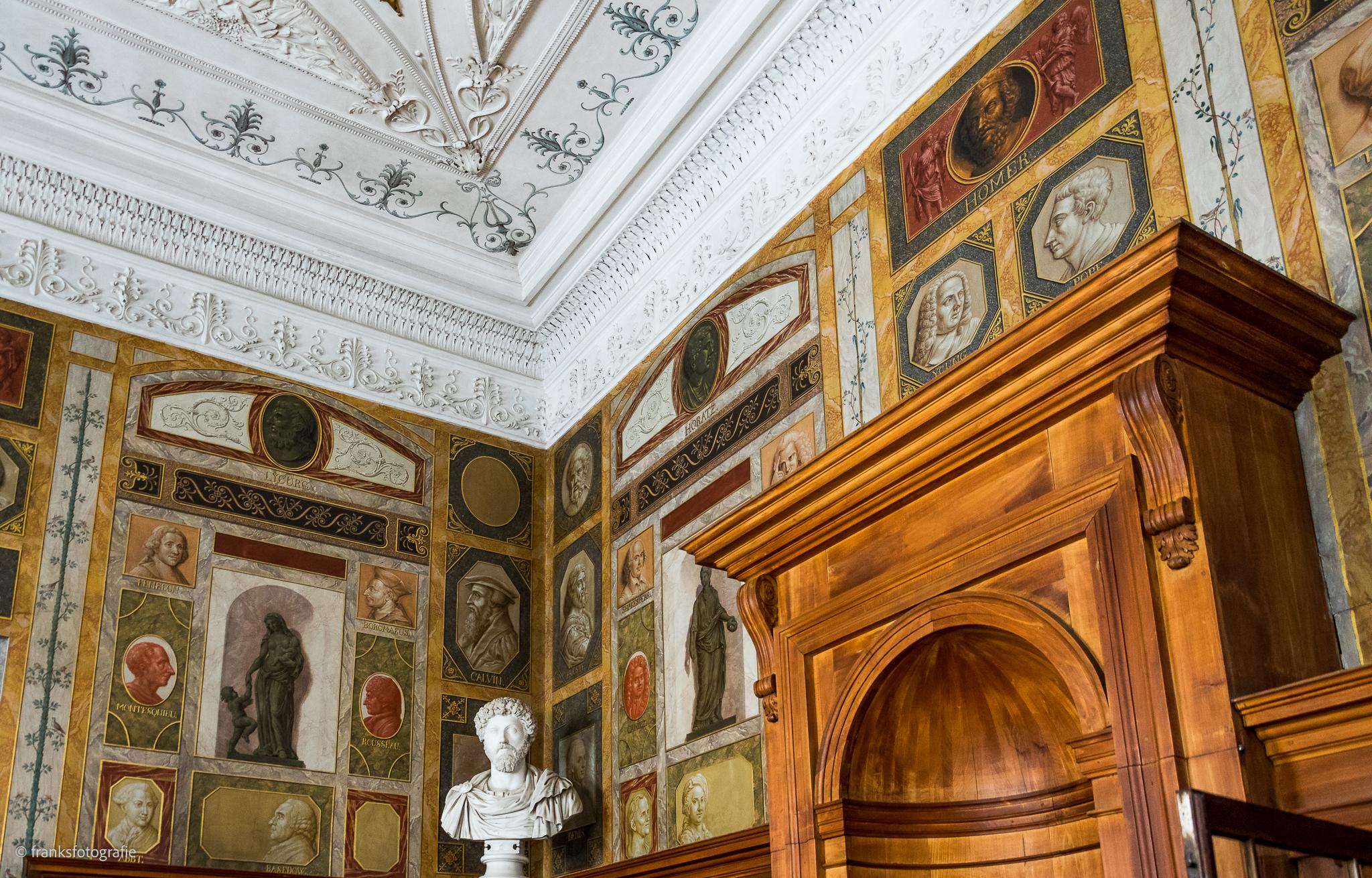 Innenräume von Schloss Wörlitz Bibliothek