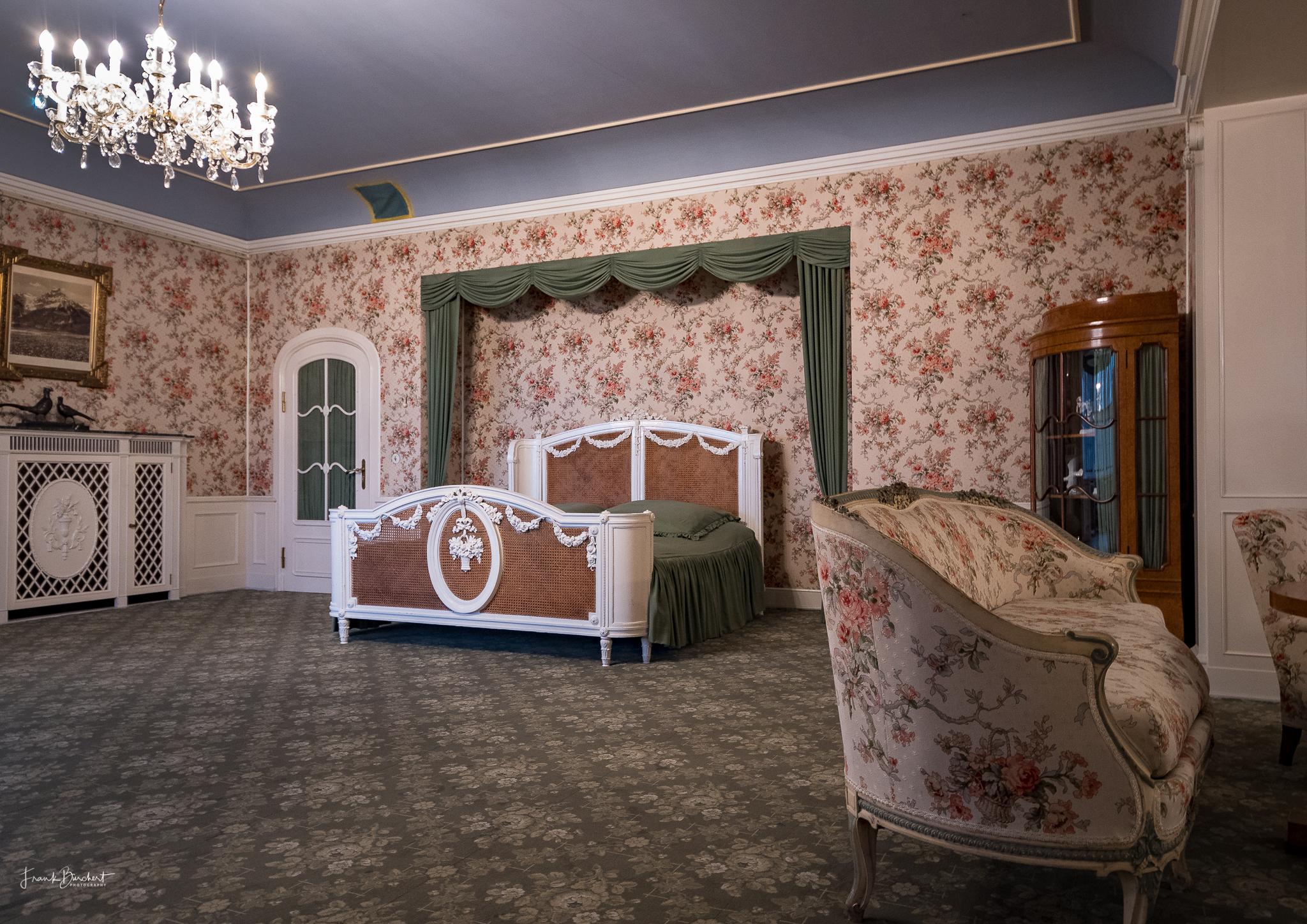 schloss cecilienhof ein landhaus f r den letzten deutschen kronprinzen. Black Bedroom Furniture Sets. Home Design Ideas