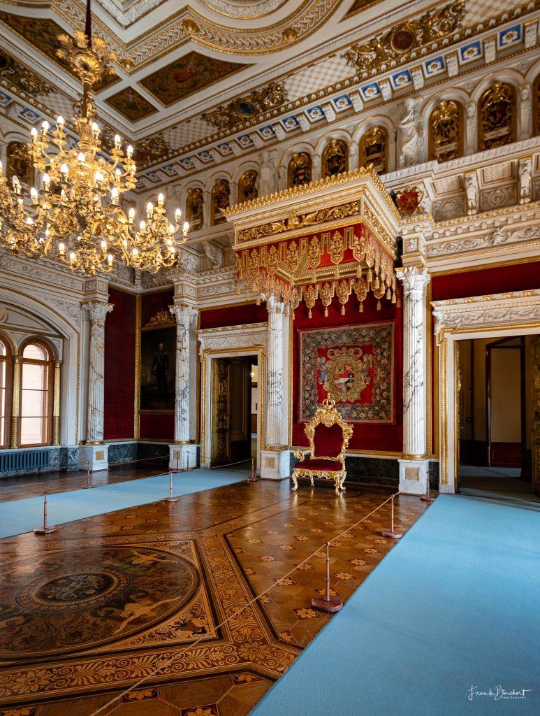 Schloss Schwerin erkunden