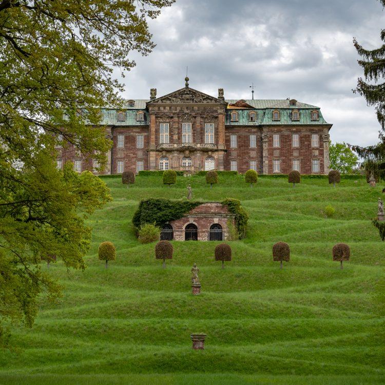Schloss Burgscheidungen erkunden